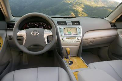 all new camry and camry hybrid at detroit north american auto show naias car magazine auto. Black Bedroom Furniture Sets. Home Design Ideas